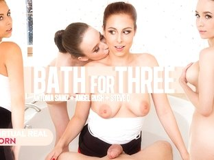 Angel Rush  Antonia Sainz  Steve Q in Bath for three - VirtualRealPorn
