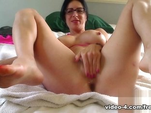 Livecam Sucking & Fucking My Man To Get His Milk - KinkyFrenchies
