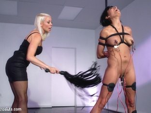 Lorelei Lee  Beretta James in Electro Dance - Electrosluts