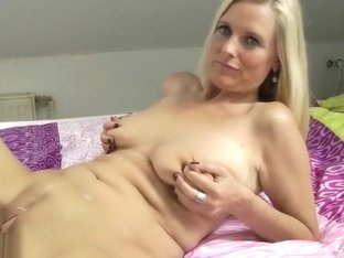 Mature Lady With Saggy Tits Fucks