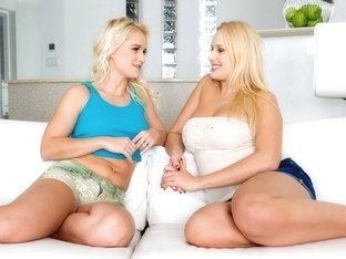 Angel Wicky & Rosella Visconti in Let's talk about sex - Sapphix