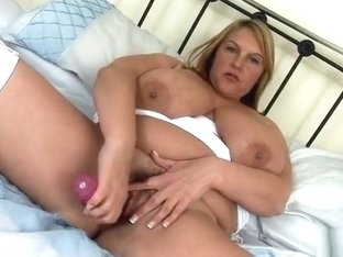 Snazzy busty Carol Brown masturbate her pussy