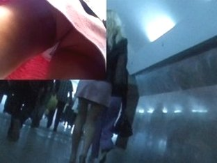 Slender girl in upskirt vid