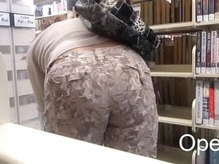 MILF Pawg in Library ' Operz '