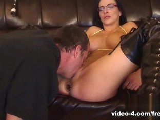 Livecam Anal Fuck Fest With Facial Cum Shot - KinkyFrenchies