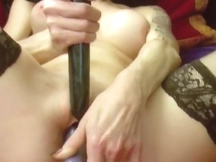 Beautiful milf dildo in sextape