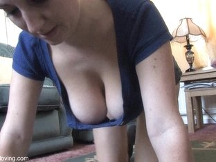 Big nice boobs showing off in a free down blouse video
