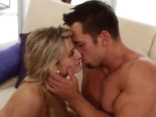 Amanda Tate rides on Johnny Castle like crazy