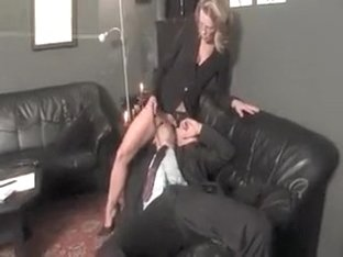 Dirty mature whore gets her cunt licked