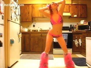 Most Good twerking livecam dance movie scene