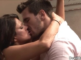 Manuel Ferrara in The Cougar Club #04, Scene #01 - SweetSinner