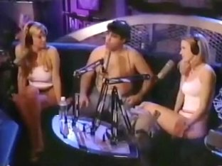 Cindy Margolis Plays The Strip Homeless Game On The Howard Stern Show