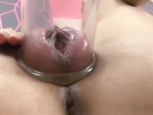 Wetandpuffy Pussy pumping at its very best