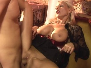 Alison Star, Christine Lee, Donna Bell, Winnie - Pool Hall Orgy Junkies