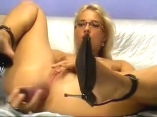 Golden-Haired anal sex tool LIVECAMBOT com
